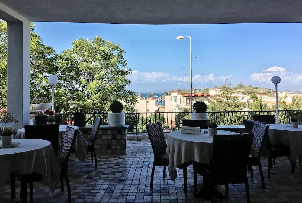 Black Market Hotel In Ischia Hotel Rates Reviews On Orbitz