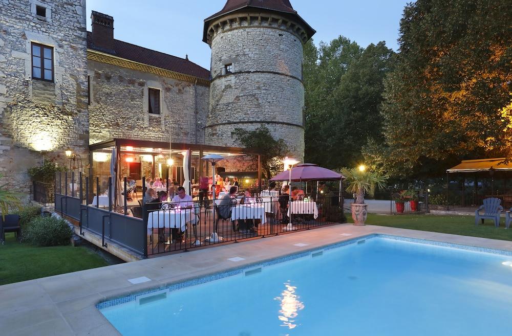 style moderne pas cher comparer les prix Château Chapeau Cornu (Vignieu) – 2019 Hotel Prices ...