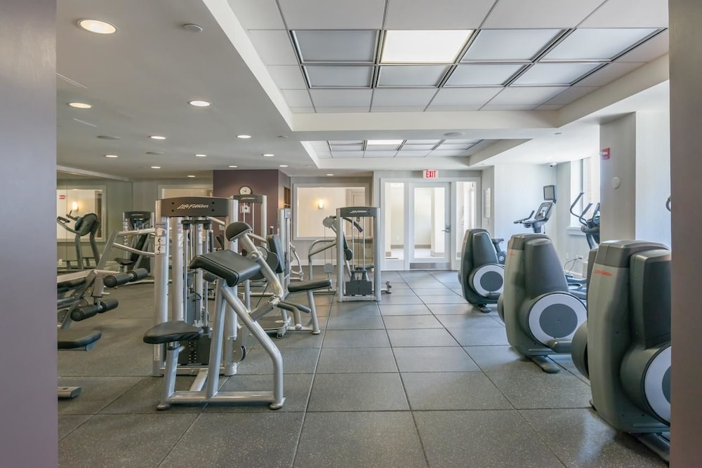 Fitness Facility, Downtown Luxury Suites