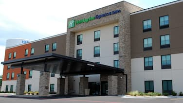 Holiday Inn Express and Suites White Hall, an IHG Hotel