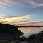Stunning Lakefront With Lake Access! Lake Belton, Temple, Killeen, Salado,