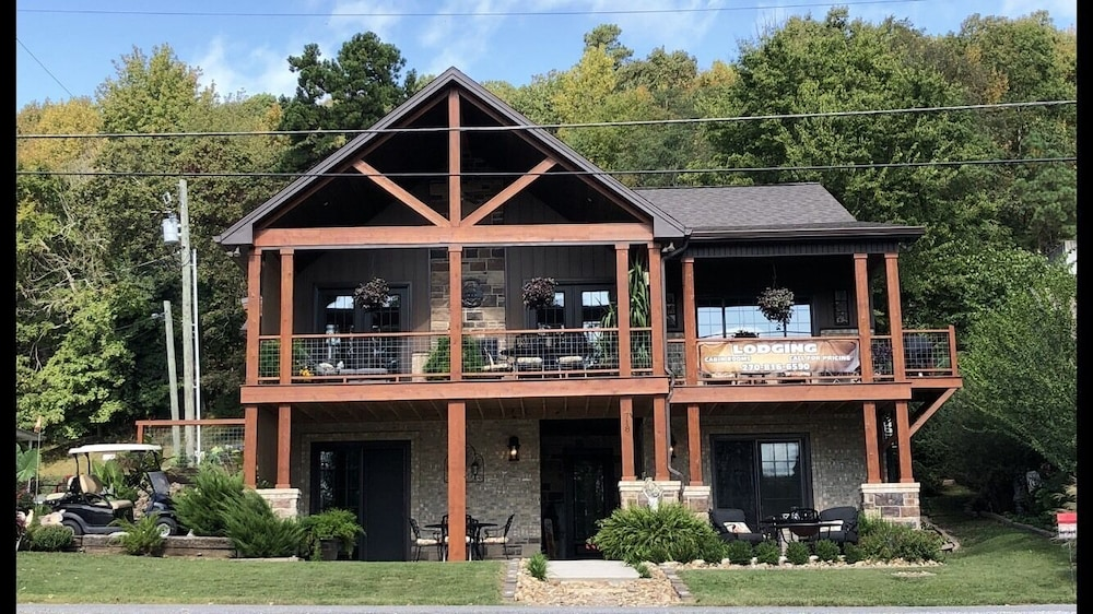 Exterior, 1of2 Bedroom Suites at Lake Barkley Old Kuttawa, KY - w/ Golf Cart