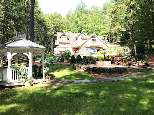 Check Expedia for Availability of Magical Getaway Near Rickettsglen and Eaglesmere 6waterfalls / 10 Acres/ Luxury