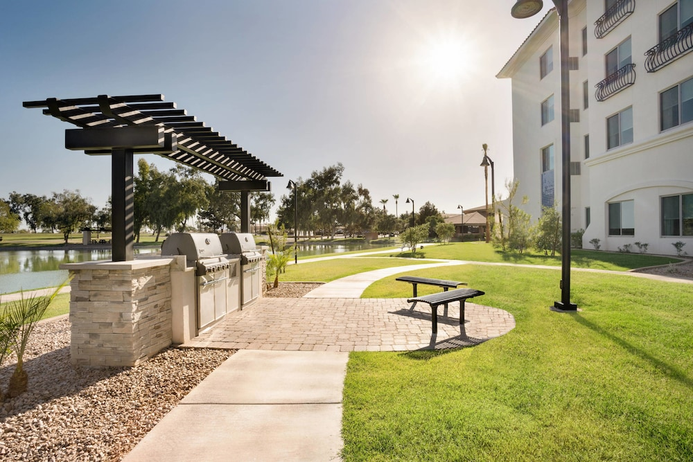 Property Grounds, Residence Inn by Marriott Phoenix Chandler/South