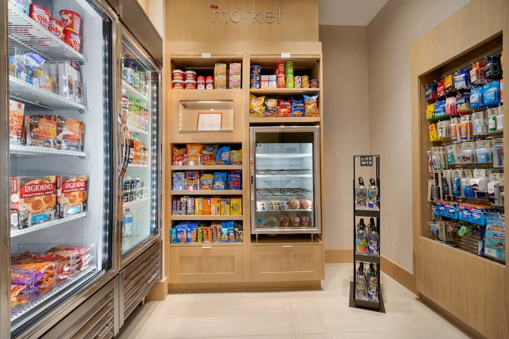 Gift Shop, Residence Inn by Marriott Phoenix Chandler/South