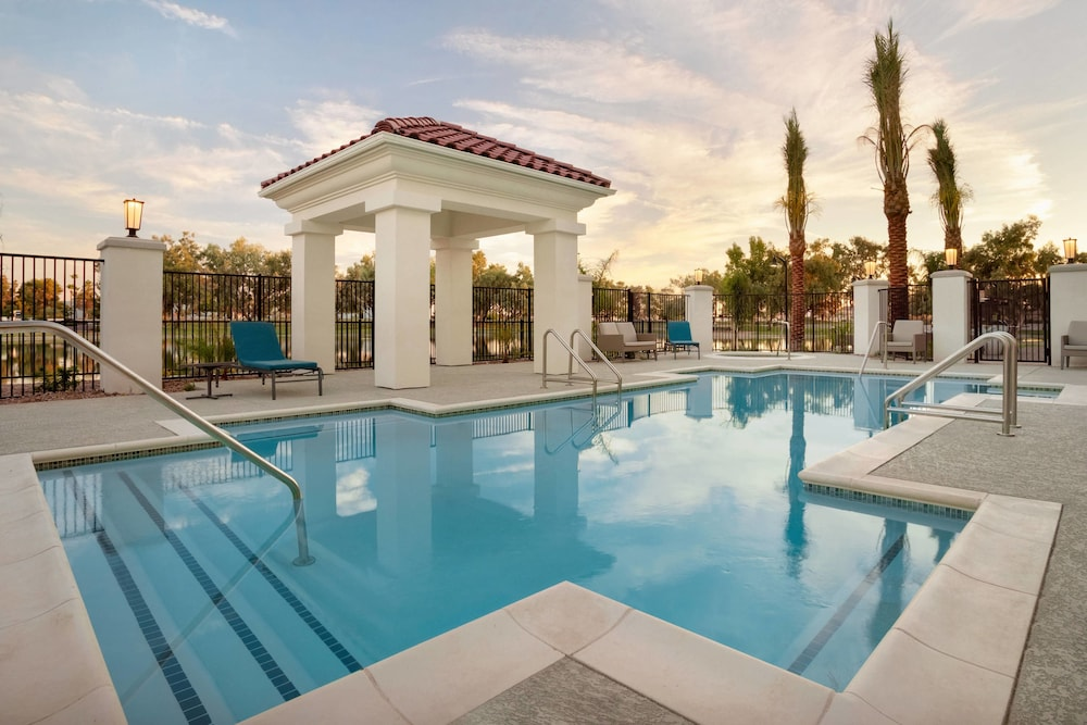 Outdoor Pool, Residence Inn by Marriott Phoenix Chandler/South