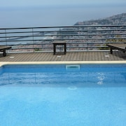 House With 4 Bedrooms in Funchal, With Wonderful sea View, Private Pool, Enclosed Garden - 10 km From the Beach