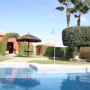Villa With one Bedroom in Sanlúcar la Mayor, With Private Pool and Furnished Garden