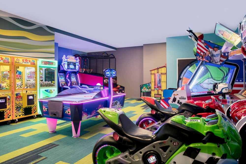 Game Room, TownePlace Suites by Marriott Orlando Theme Parks/Lake Buena Vista