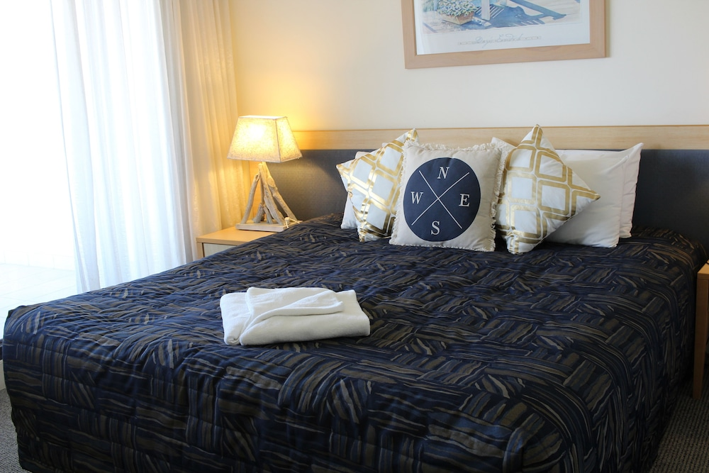 Room, The Boathouse Luxury Apartments
