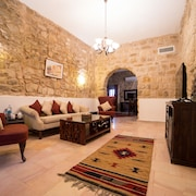 Old Village Resort-Petra