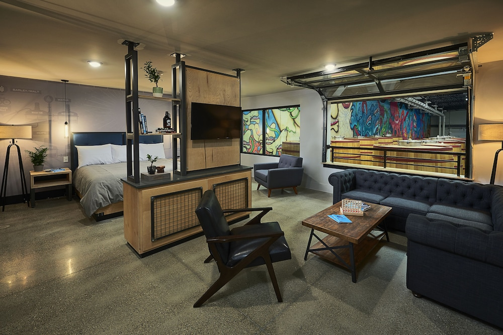 Living Area, DogHouse Hotel and Brewery