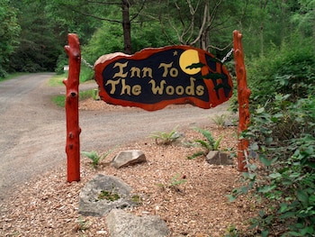 Inn to the Woods Bed and Breakfast