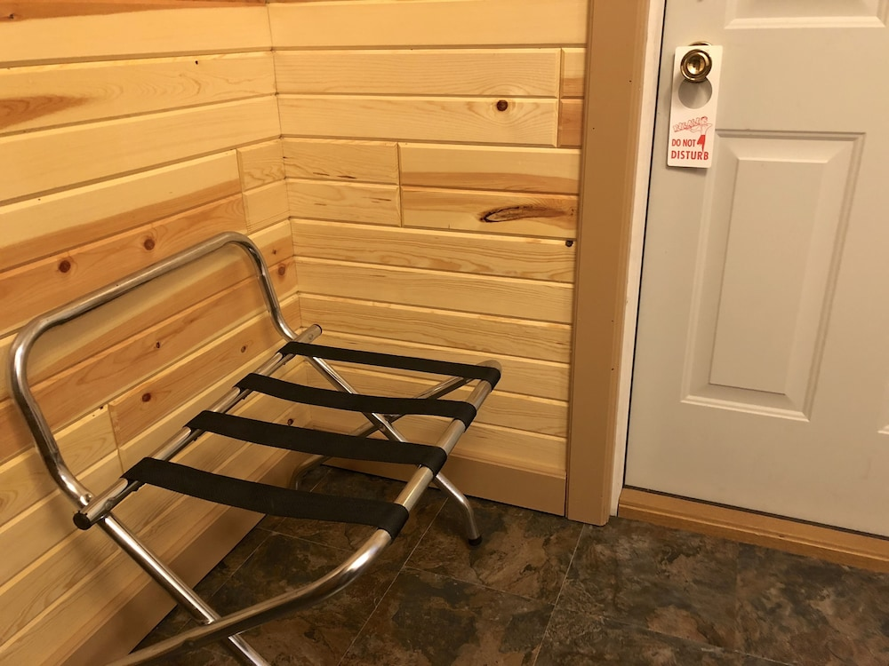 Room Amenity, Rockerville Lodge & Cabins