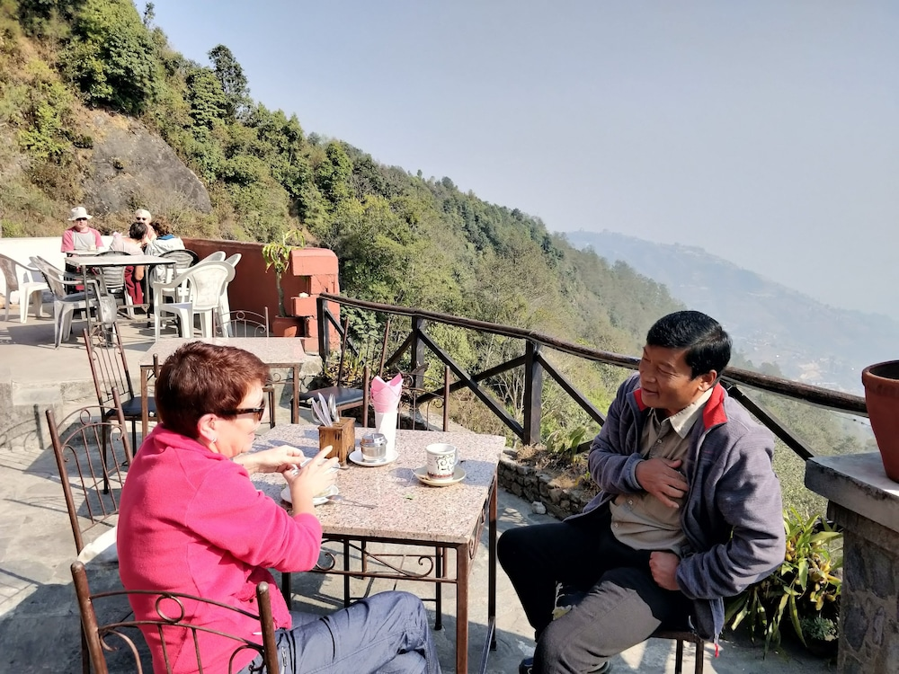 Couples Dining, Everest Manla Resort