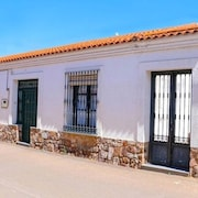House With 3 Bedrooms in Castilblanco, With Enclosed Garden