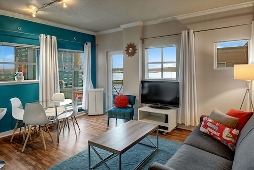 Check Expedia for Availability of Post Alley Court Pacific Suite - One Bedroom Apartment with Balcony