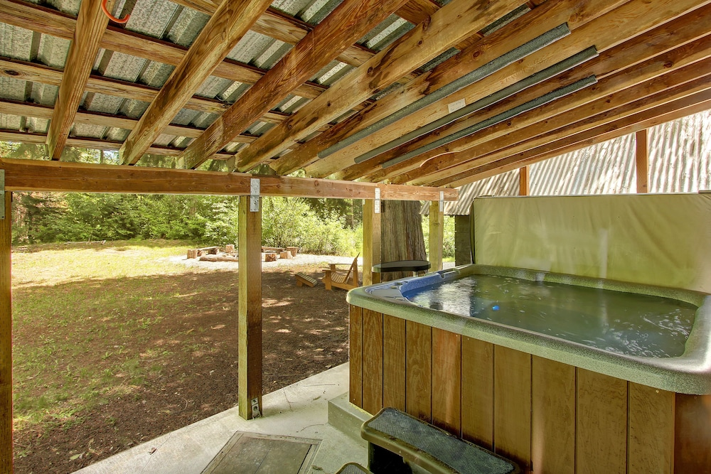 Peaceful Pines Cabin - Three Bedroom Home with Hot Tub: 2018 ...