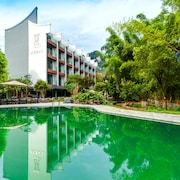 Courtyard Hotel - Yulong River Branch
