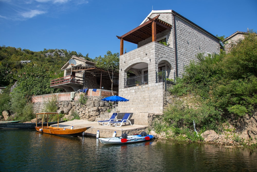 Featured Image, Paradise House Skadar Lake