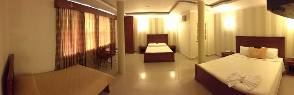 Room, HOTEL ADRIANDS