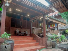 Baanthep Antique Homestay