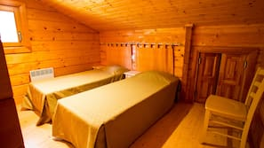 2 chambres, lits bébés (en supplément), Wi-Fi (en supplément)