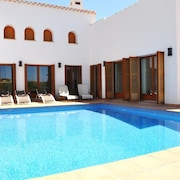 Villa With 5 Bedrooms in Baños Y Mendigos, With Wonderful sea View, Private Pool, Enclosed Garden - 22 km From the Beach
