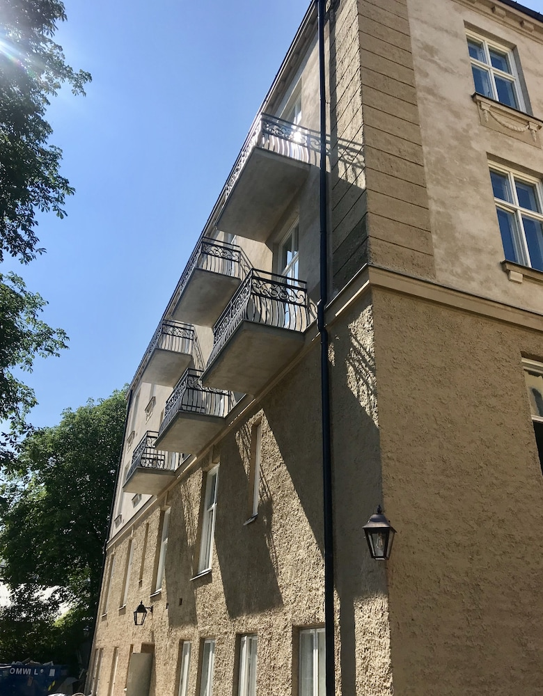 Exterior detail, The Apartments company - The Sweet