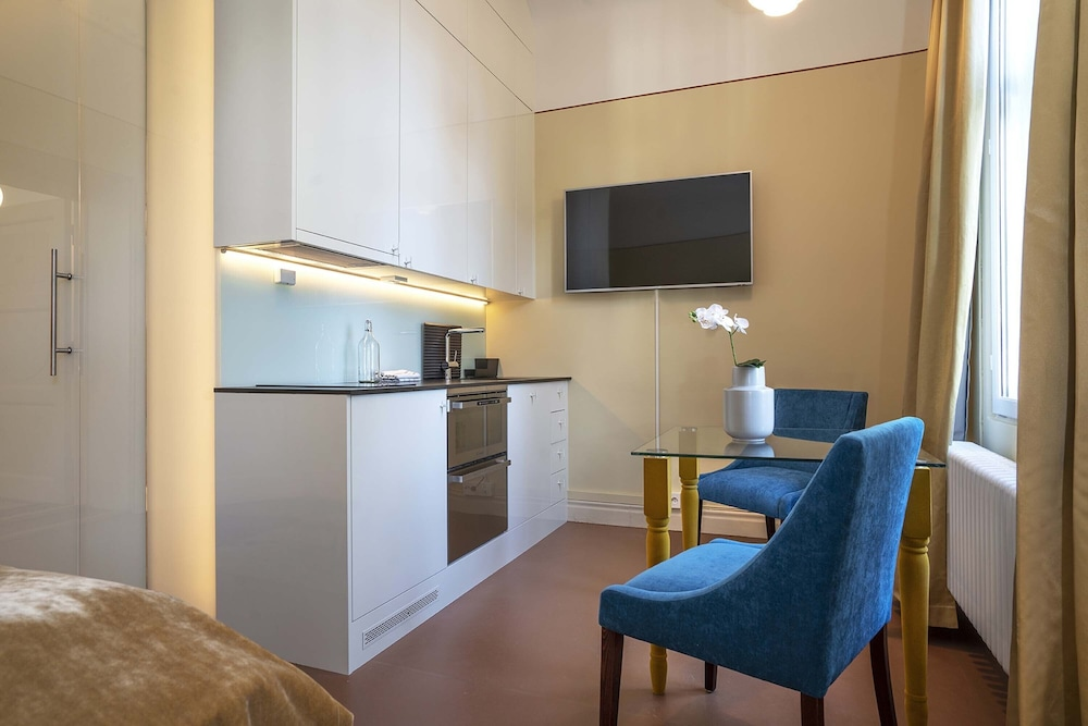 Private Kitchenette, The Apartments company - The Sweet