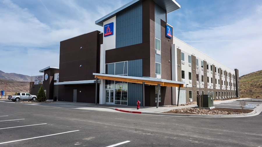 Studio 6 Mccarran, NV - Sparks - Tahoe - Reno Industrial Center