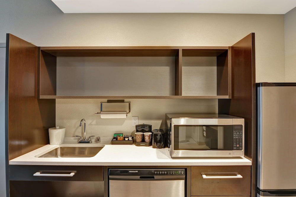 Private Kitchen, Home2 Suites by Hilton Rochester Mayo Clinic Area