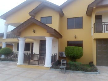 Bezt Executive Guesthouse