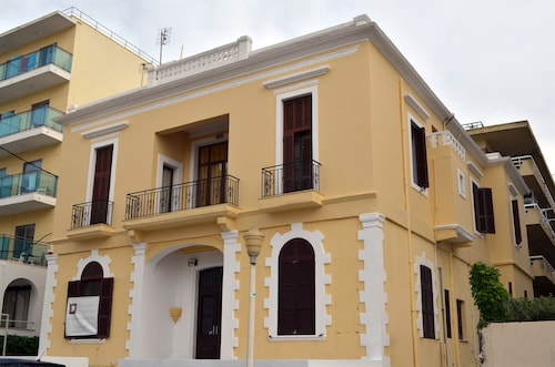 City center house in Rhodes