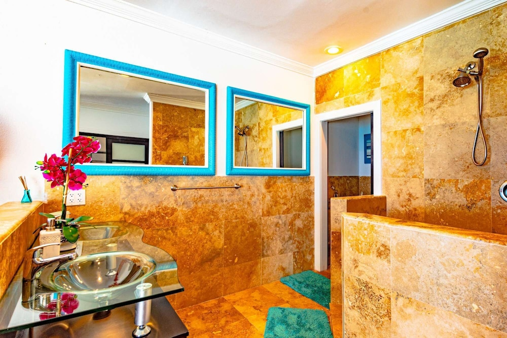 Bathroom, Caribbean Oceanfront Villa, Private Pool & Beach. No car Needed