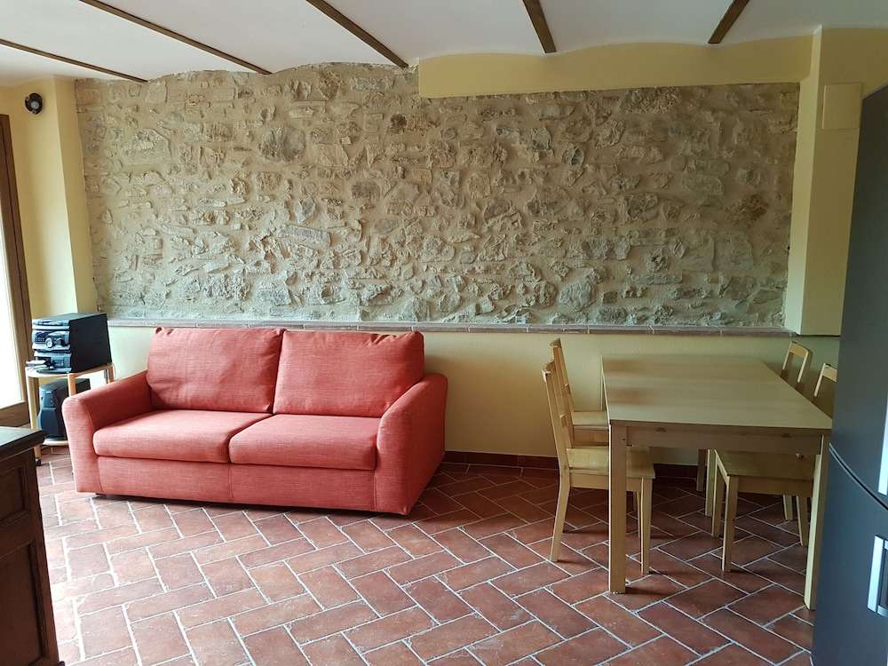 Renovated farmhouse km from lake trasimeno magione italia