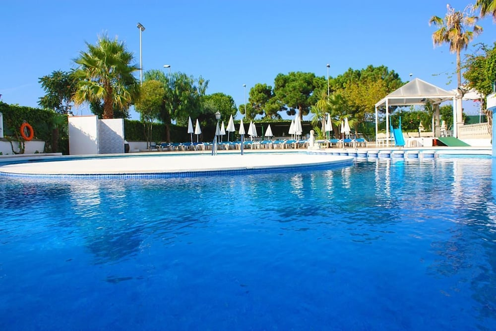 Outdoor Pool, Hotel Paradis Park