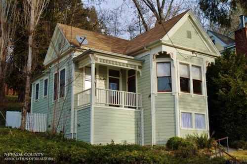 Charming Victorian Home in Historic Downtown Nevada City
