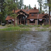 Water Front Bigfork/glacier Park Luxury Check Calender for Last Minute Deals!