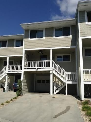 Wrightsville Beach Water View Townhome With 30' Boat Slip