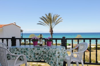 Poseidi Beachside Maisonette