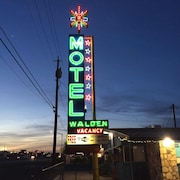 Walden Motel