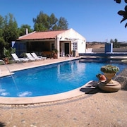 House With 2 Bedrooms in Ourique, With Wonderful Lake View, Pool Access, Furnished Garden - 60 km From the Beach