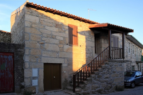 House With 3 Bedrooms in Carrazeda de Ansiães, With Wonderful Mountain View
