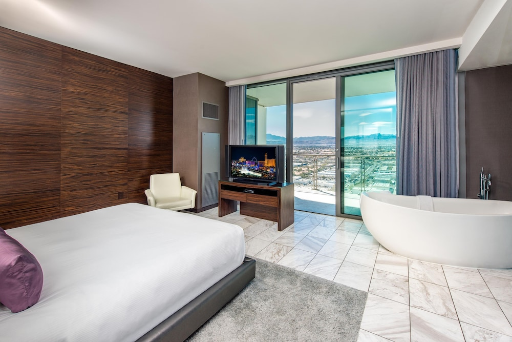 great value! palms place one bedroom suite, high floor- great view
