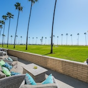 906 East Oceanfront Lower Unit A 3 Bedrooms 2 Bathrooms Townhouse