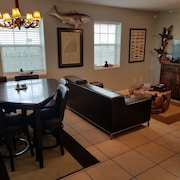 Cosy 3BR / 2BA Home in Aransas Pass w / Ampio Cortile