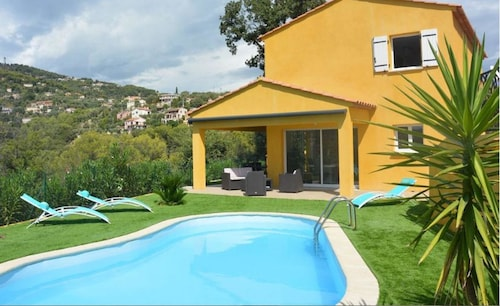 Villa With 3 Bedrooms in Saint-andré-de-la-roche, With Wonderful Mountain View, Private Pool, Furnished Garden