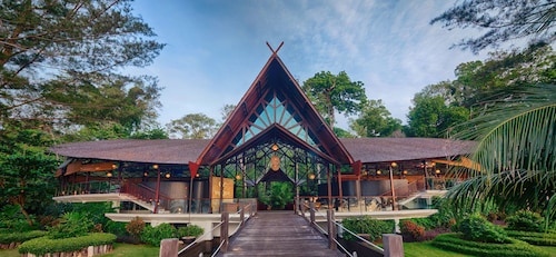 Borneo Eagle Resort
