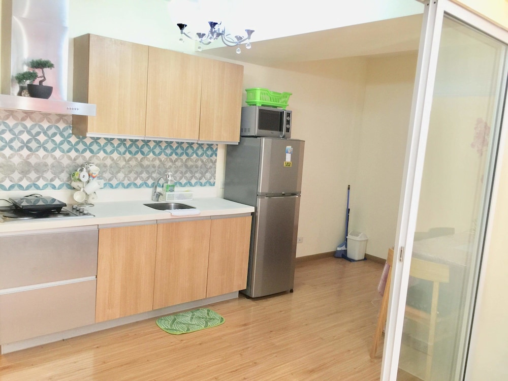 Private Kitchen, Family Condo by IA @ Azure Urban Resort Residences